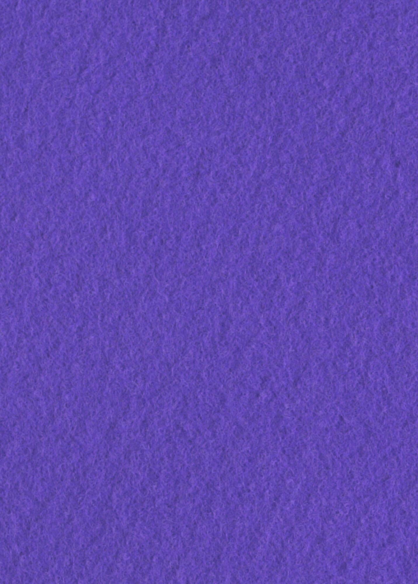 Violet Løber