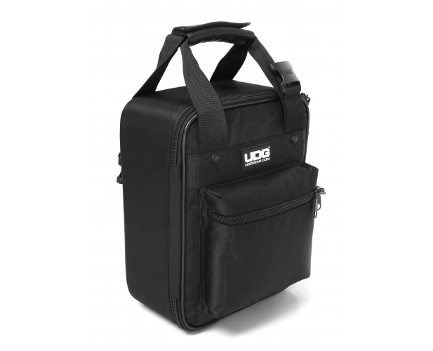 Image of   UDG Ultimate CD Player / MixerBag Small U9120BL