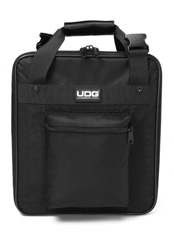 Image of   UDG Ultimate CD Player / MixerBag Large U9121BL